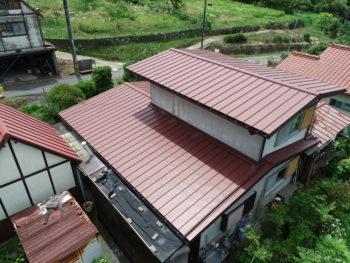 破風板交換,トタン屋根葺き替え,屋根リフォーム