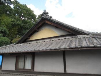 鬼瓦,入母屋屋根,漆喰劣化