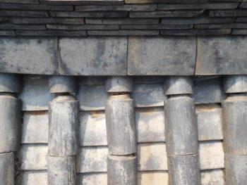 丸瓦のズレ,瓦の隙間,雨漏り原因