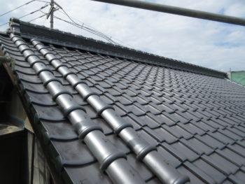 石州瓦和形銀黒,大屋根,風切り丸瓦