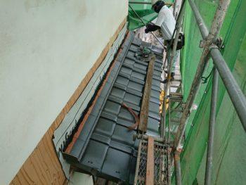 庇瓦葺き替え,壁際水切,雨仕舞
