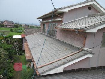 雨どい金具のサビ,瓦の劣化,樋の変形