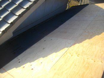合板増し張り,躯体の補強,屋根修理