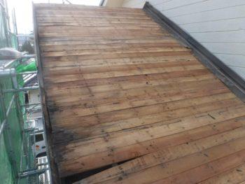 瓦撤去,下地板の腐食,屋根修理