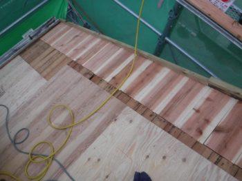 下地板補修,増し張り補強,瓦葺き替え工事