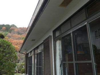 軒裏換気口,ひび補修,セラミック配合シリコン塗料