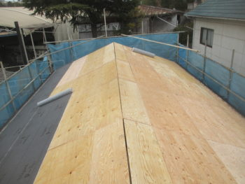 大屋根葺き替え,耐風性,三州産和型銀鱗色